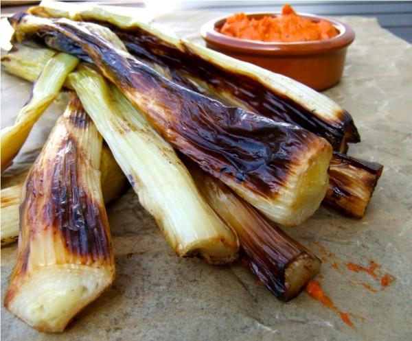 grilled-onion-600x497