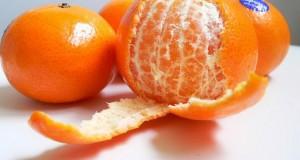 Не ја фрлајте кората од мандарина – може да ве спаси од кашлица и болести
