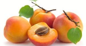 Дали семките од кајсија може да ве спасат од рак? – приказната за витаминот Б17