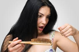Ви паѓа косата, тешко гледате ноќе? – еве од што може да боледувате